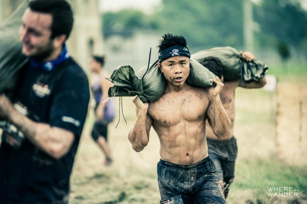 Sand Bag Carry At Merrell Down And Dirty Race