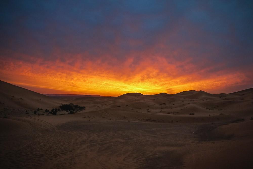 Merzouga-Desert-Tour-Dades-Sahara-Sunrise-2