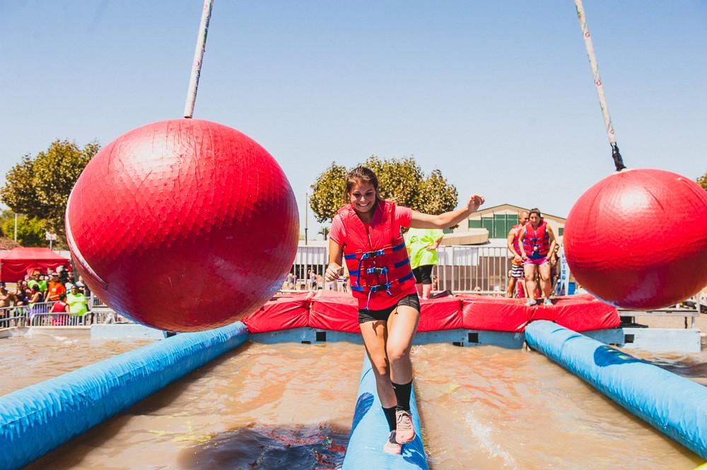 ROC Race 5K Obstacle: Wrecking Ball Fail