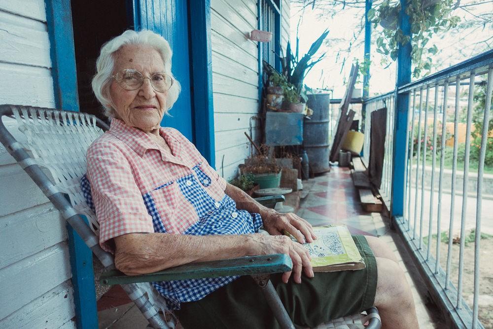 Portrait of old woman in Santiago de Cuba