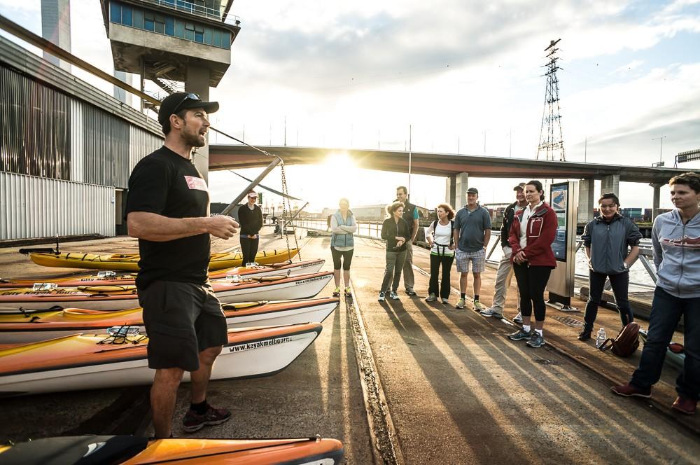kayak melbourne moonlight tour guide explaining how to kayak
