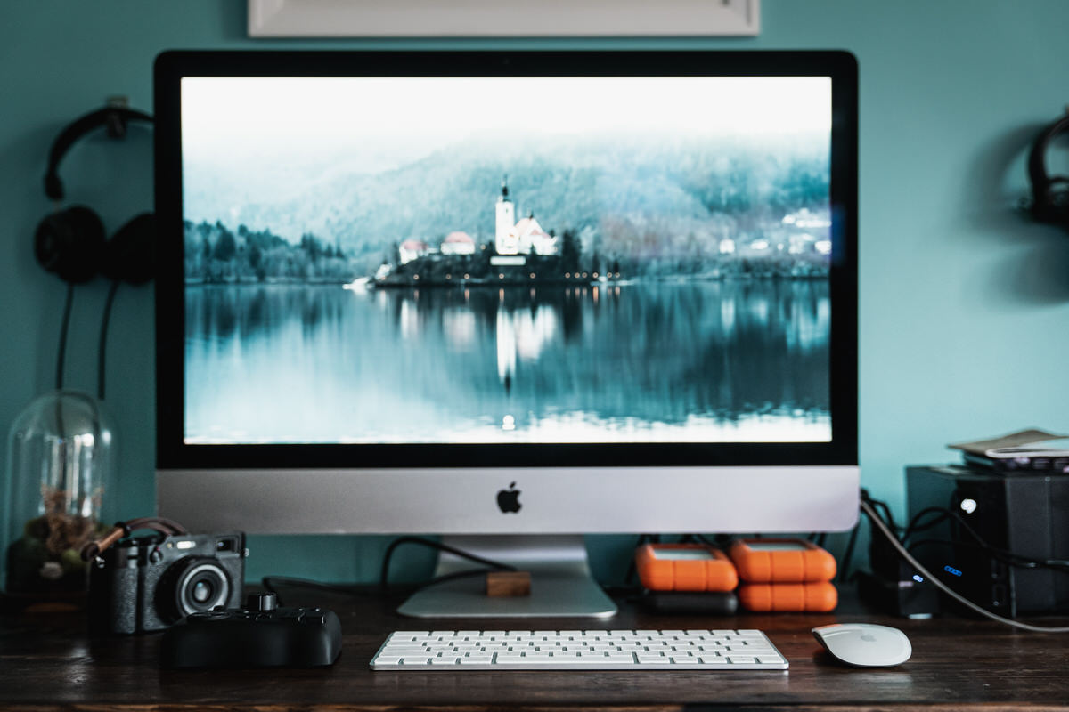 TourBox and iMac Editing Console